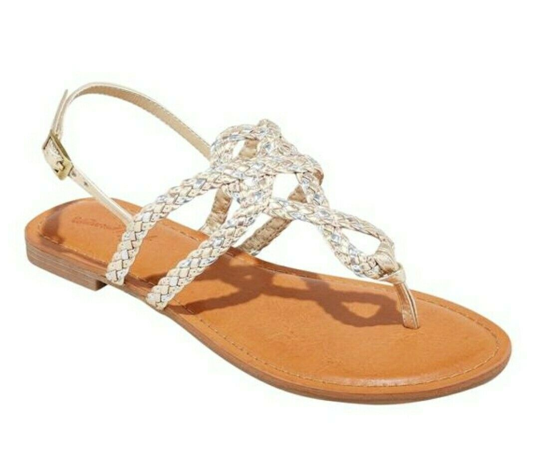 Universal Thread Women's Jana Braided Wide Width Thong Ankle Strap Sandal (Gold, Size 5 1/2 W)